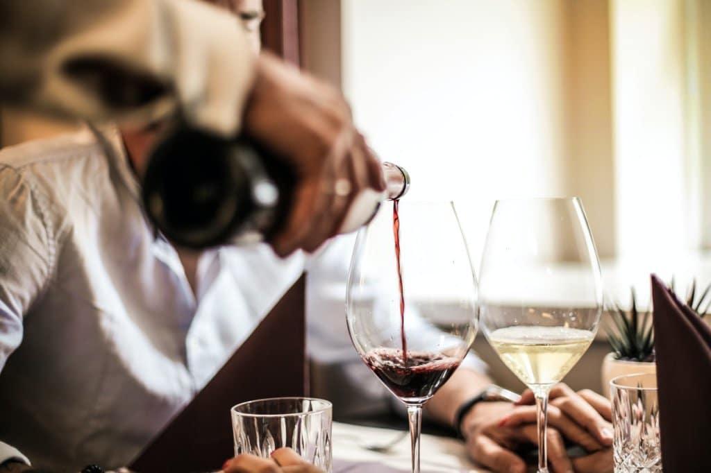 מה הופך יין לכשר